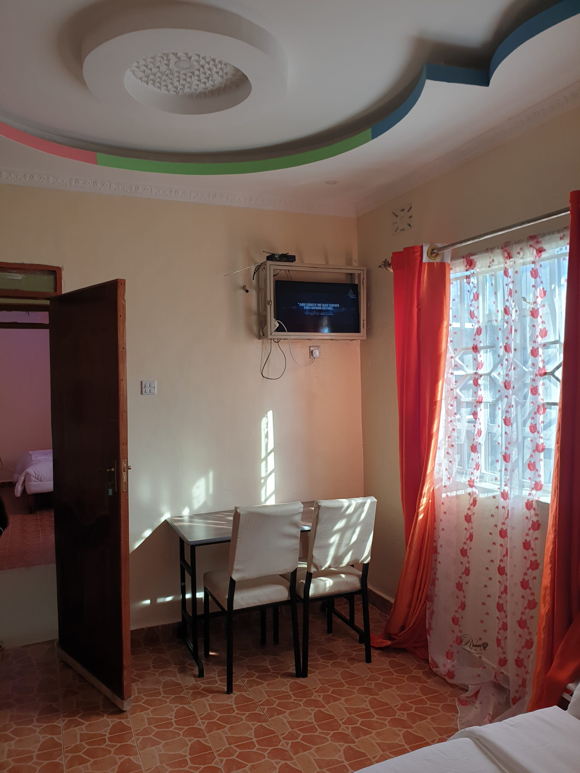 Restal-hotel-lanet-nakuru-kenya-bed-breakfast-family-room